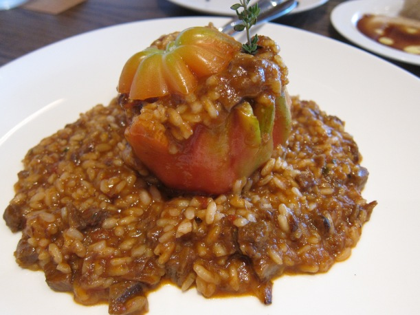 Braised beef cheek with beefsteak tomato risotto