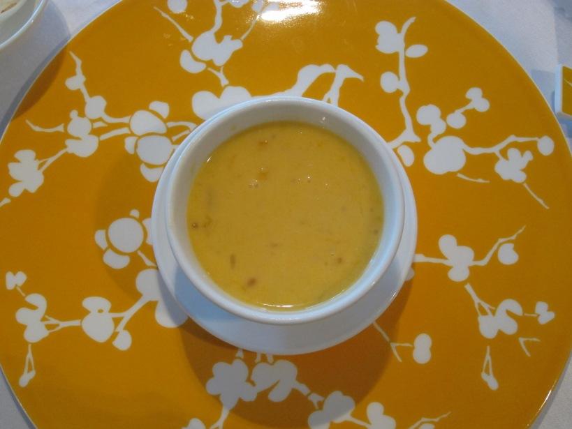 Mango cream and sago pudding