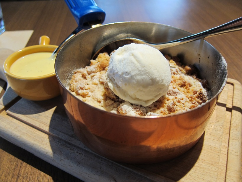 Old School Apple Crumble